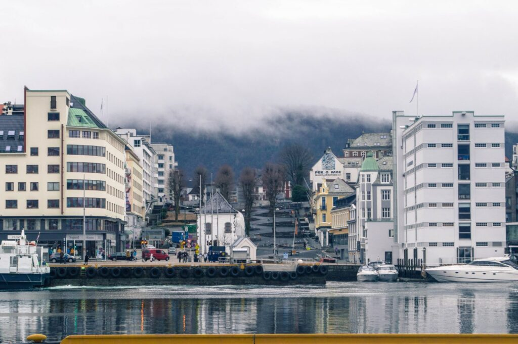 Happy to Wander Bergen-0557