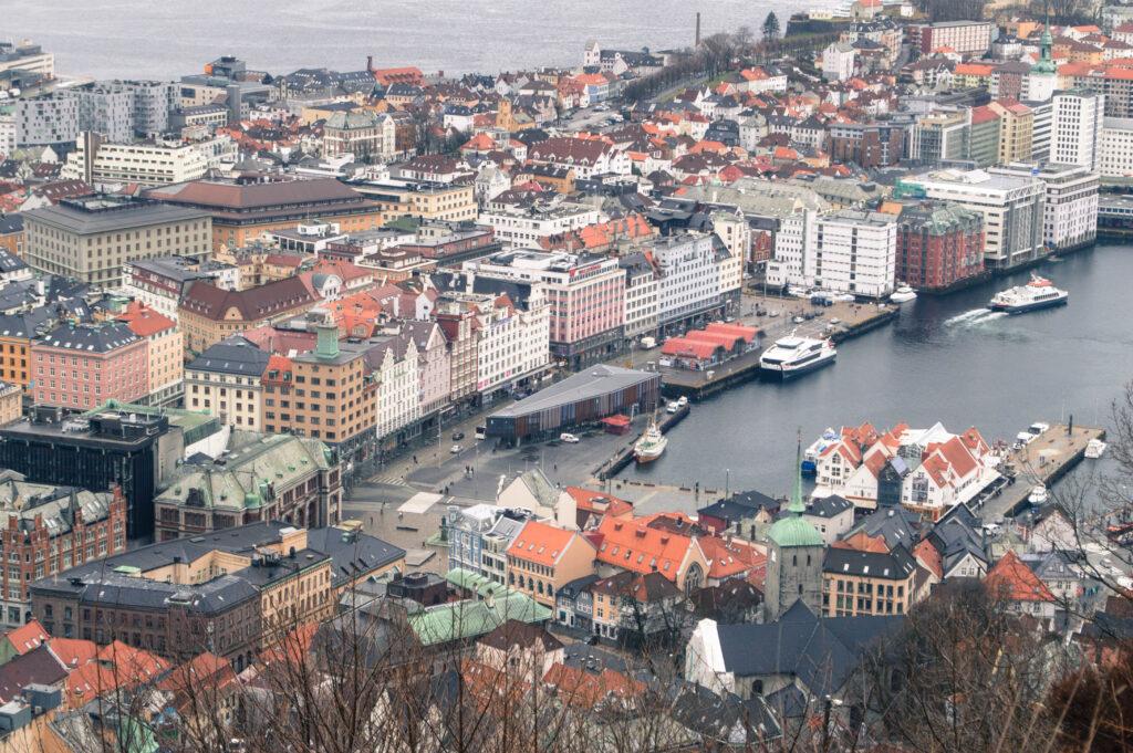 Happy to Wander Bergen-0650