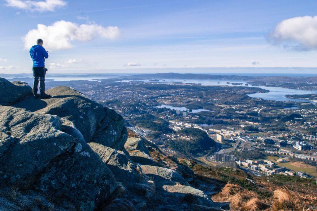 Happy to Wander Bergen-0824