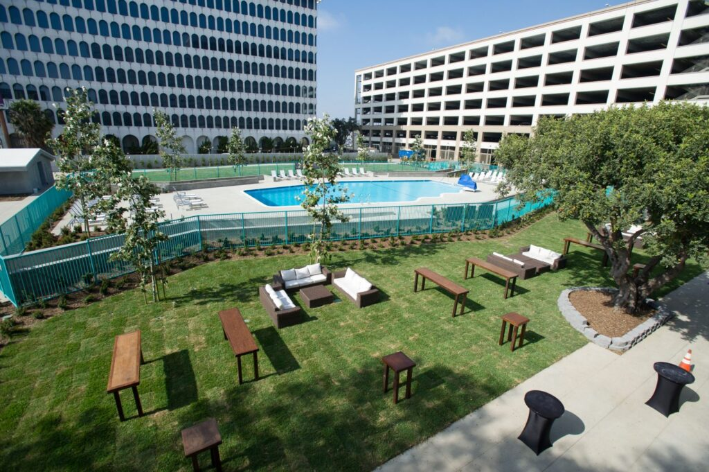 Hyatt Regency LAX review. Looking for a good hotel near Los Angeles International Airport? This review covers what to expect from the Hyatt Regency LAX and why you should stay here if you need a hotel near LAX airport!