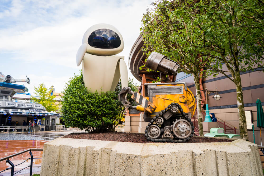 WALL-E and EVE at Disneyland Paris