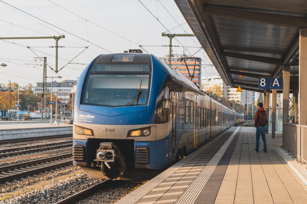 Blue Meridian train arriving in Munich