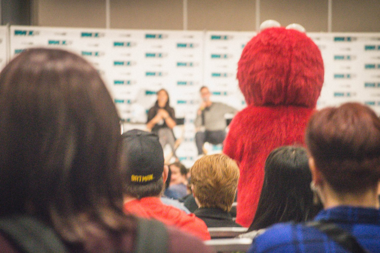 Pop culture conventions are pure HEAVEN for anybody who loves movies, games, comic books, TV and more. Here is a solid guide for a first timer visiting their first convention, and a recap of the Fan Expo Vancouver 2016!