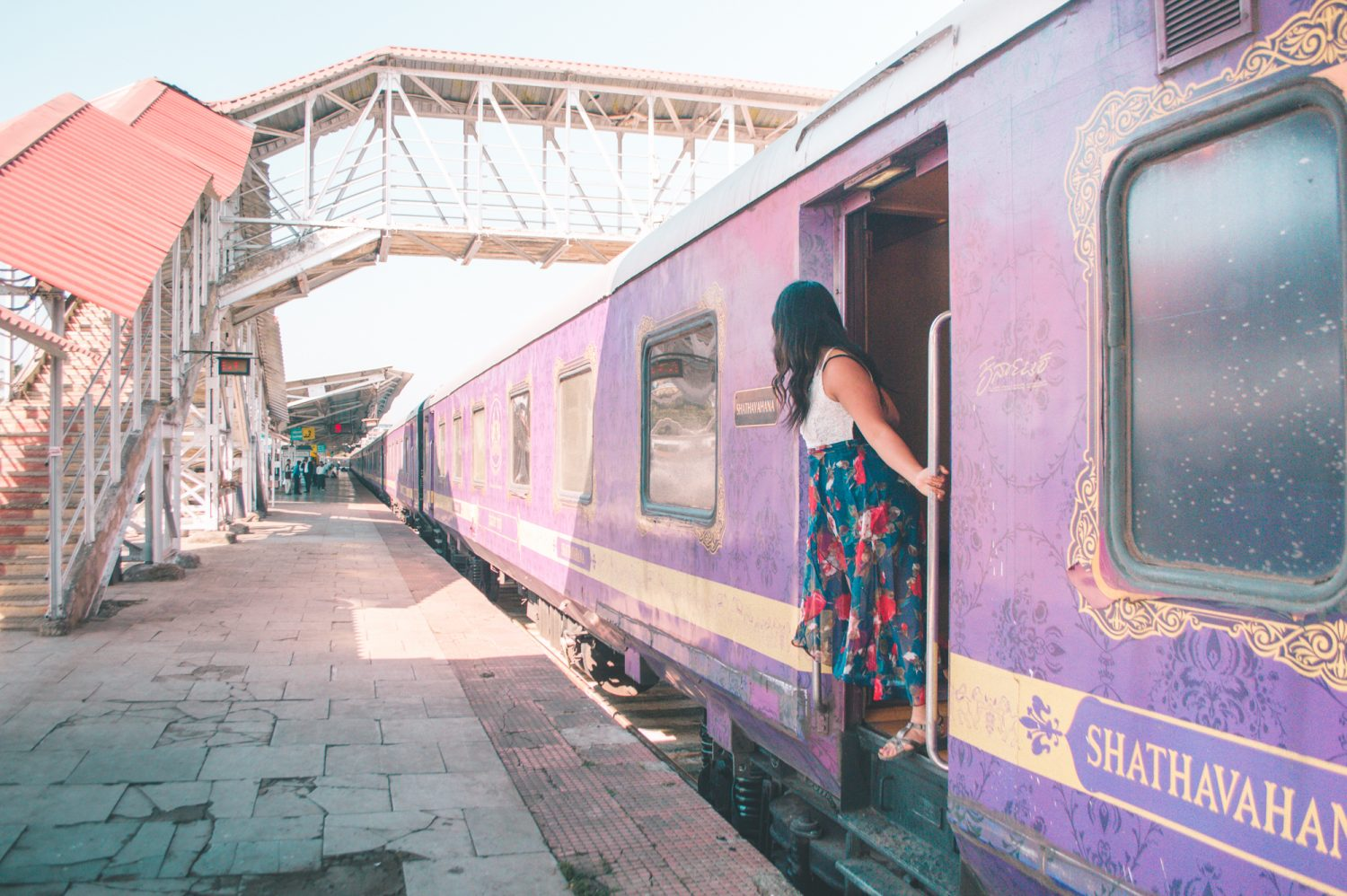 A full review of the Golden Chariot luxury train experience across Southern India!