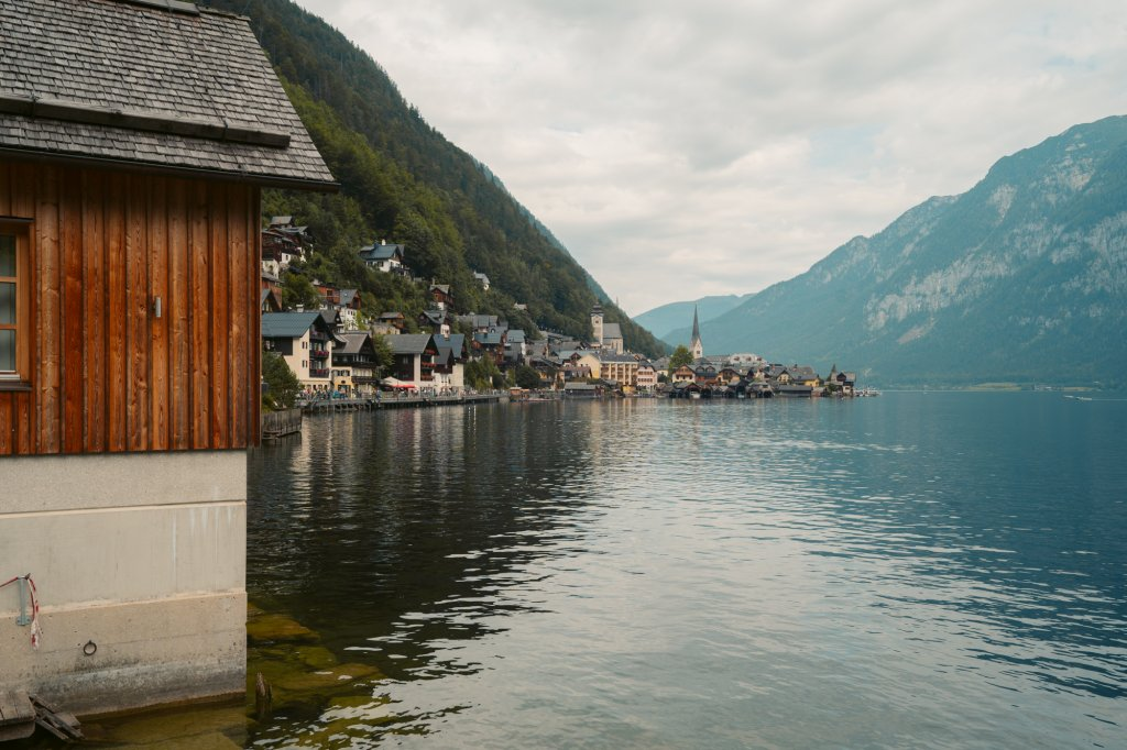 View over Hallstatt and the lake/mountains.