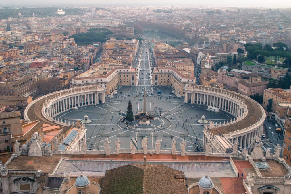 Absolutely incredible photos of Rome, Italy. If you're looking for stunning travel photography or inspiration to travel to Italy, travel to Rome or travel to Europe, this is it! #photography #rome #travelphotography #italy #europe