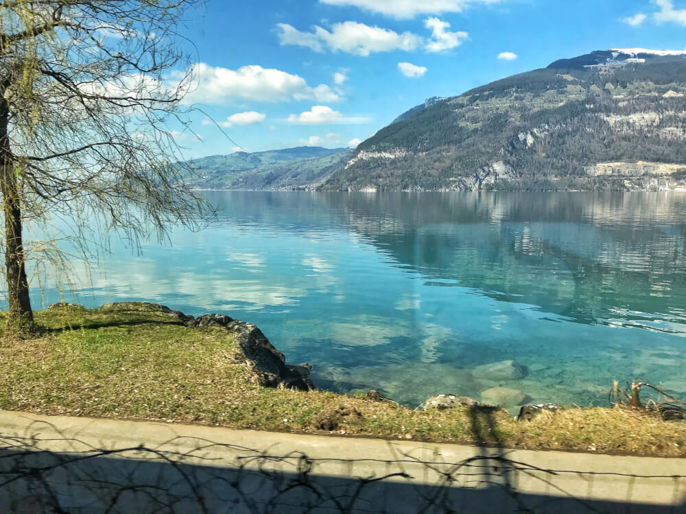 Amazing train views over Lake Thun in Switzerland