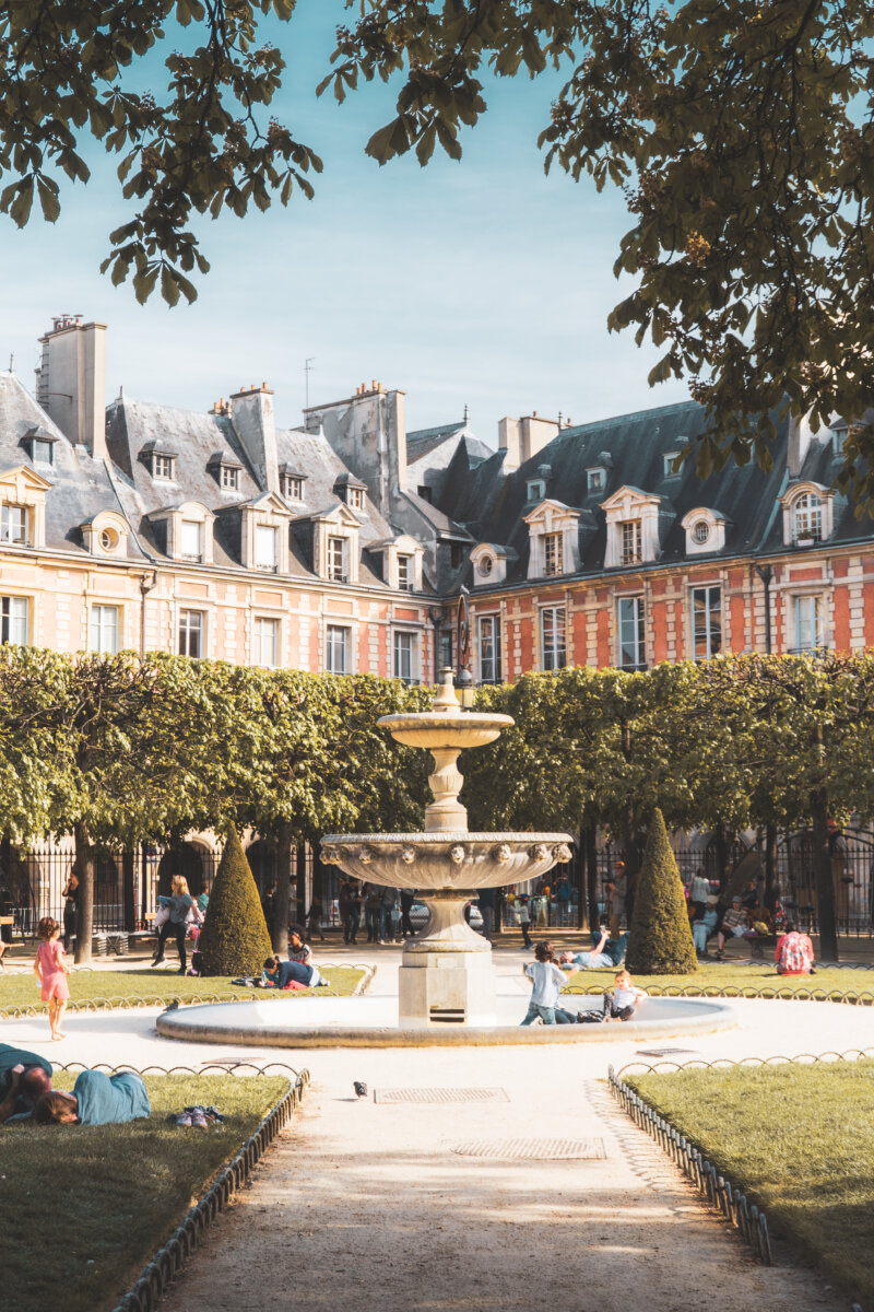 Place des Vosges in le Marais in Paris