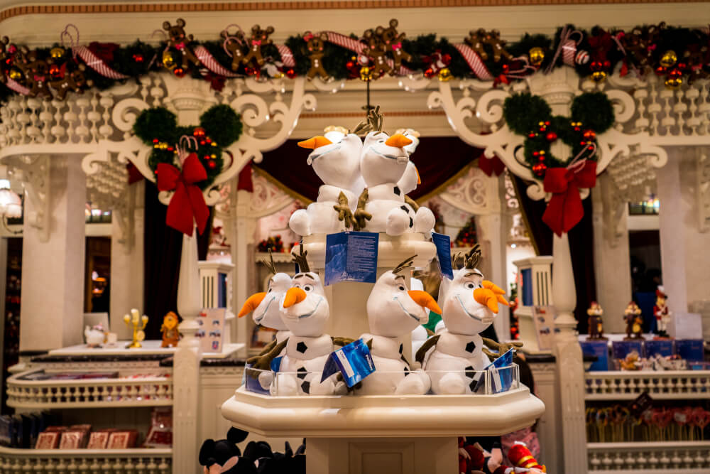 Christmas shop at Disneyland Paris
