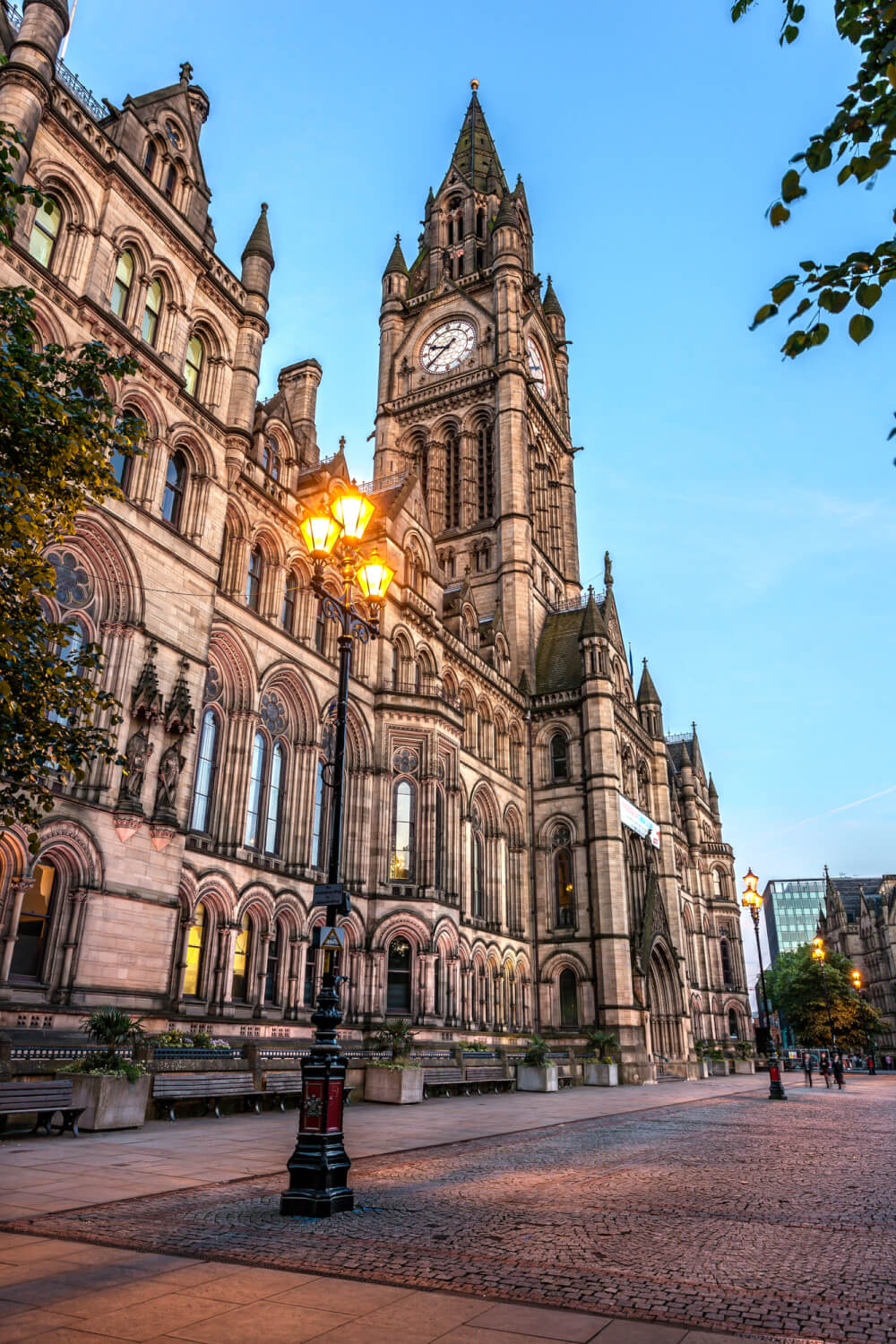 Beautiful night view of an old gorgeous building in Manchester, England.