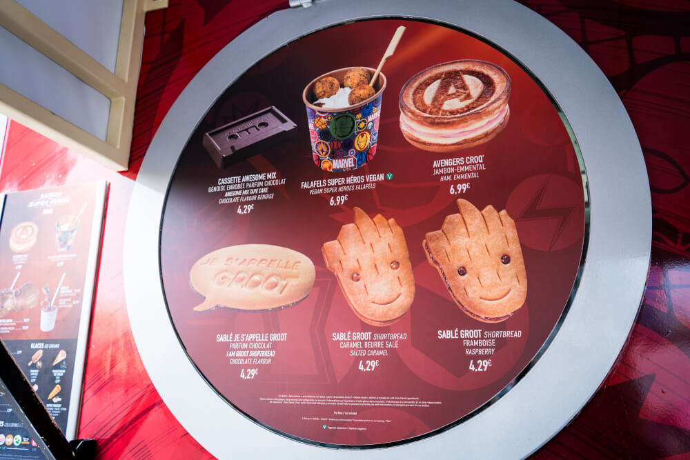 Sweet Marvel-themed treats at the Marvel Season of Heroes in Disneyland Paris