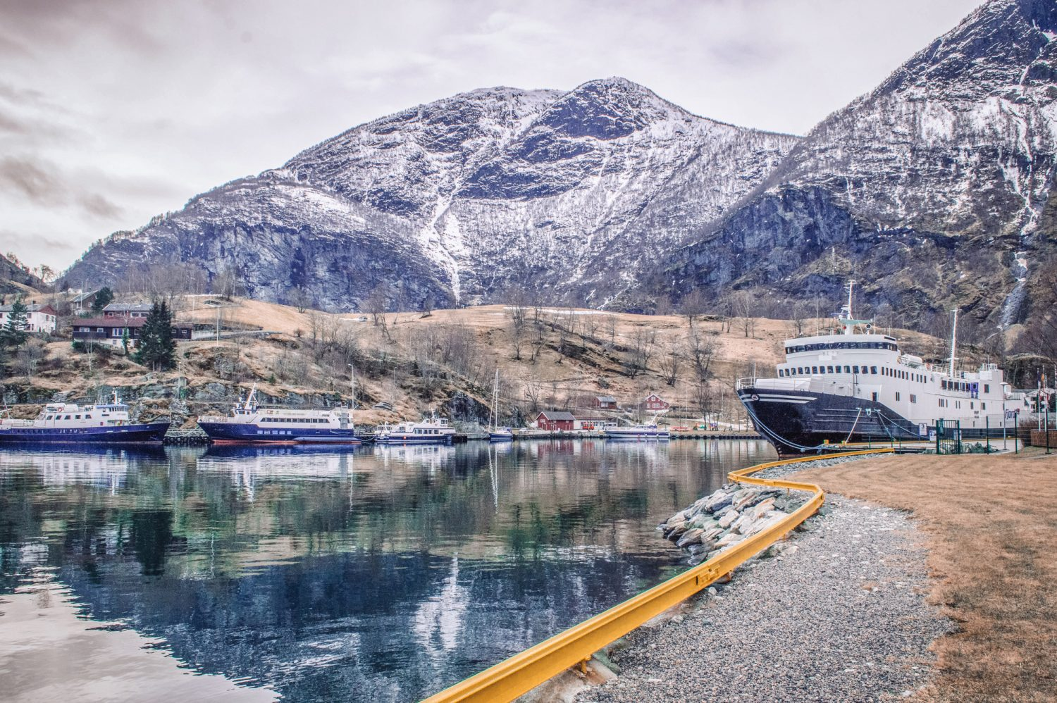 WOW absolutely stunning photos from Norway! These photos prove why Norway should be on your bucket list (and provides inspiration for where to go in Norway too). #Norway #Europe #Travel #Photography