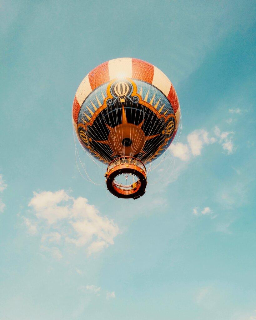 Hot air balloon in Paris