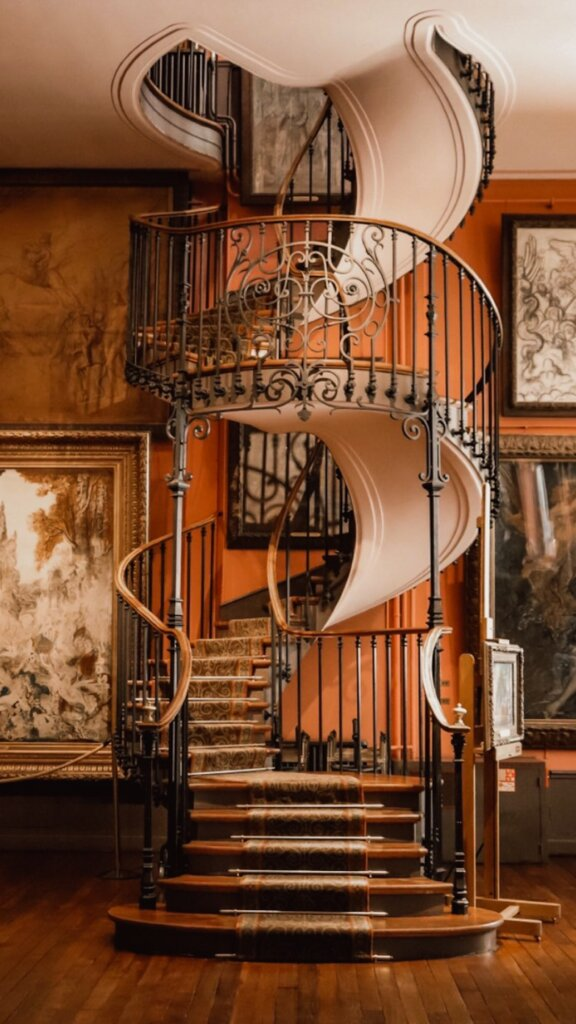 Spiral staircase in Parisian museum