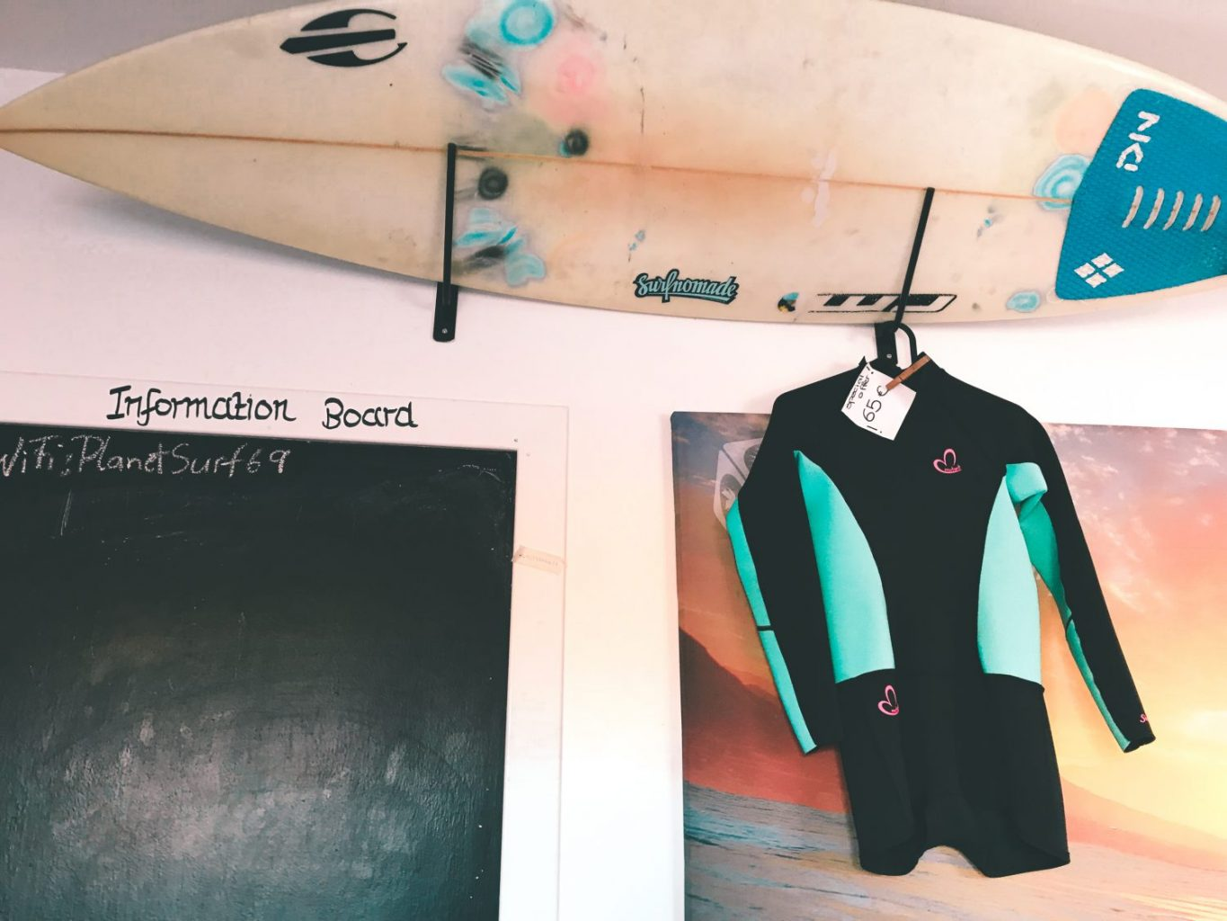 A full review of Planet Surf Camps Fuerteventura. If you're planning to surf in the Canary Islands, be sure to read this before you book! #Spain #Surfing #Surfcamp #CanaryIslands