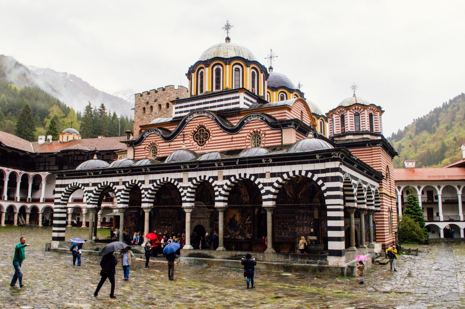 Travel inspiration for Bulgaria! This affordable, beautiful and off-the-beaten path destination in Eastern Europe is a MUST for any bucket list. Check out this post to see why.