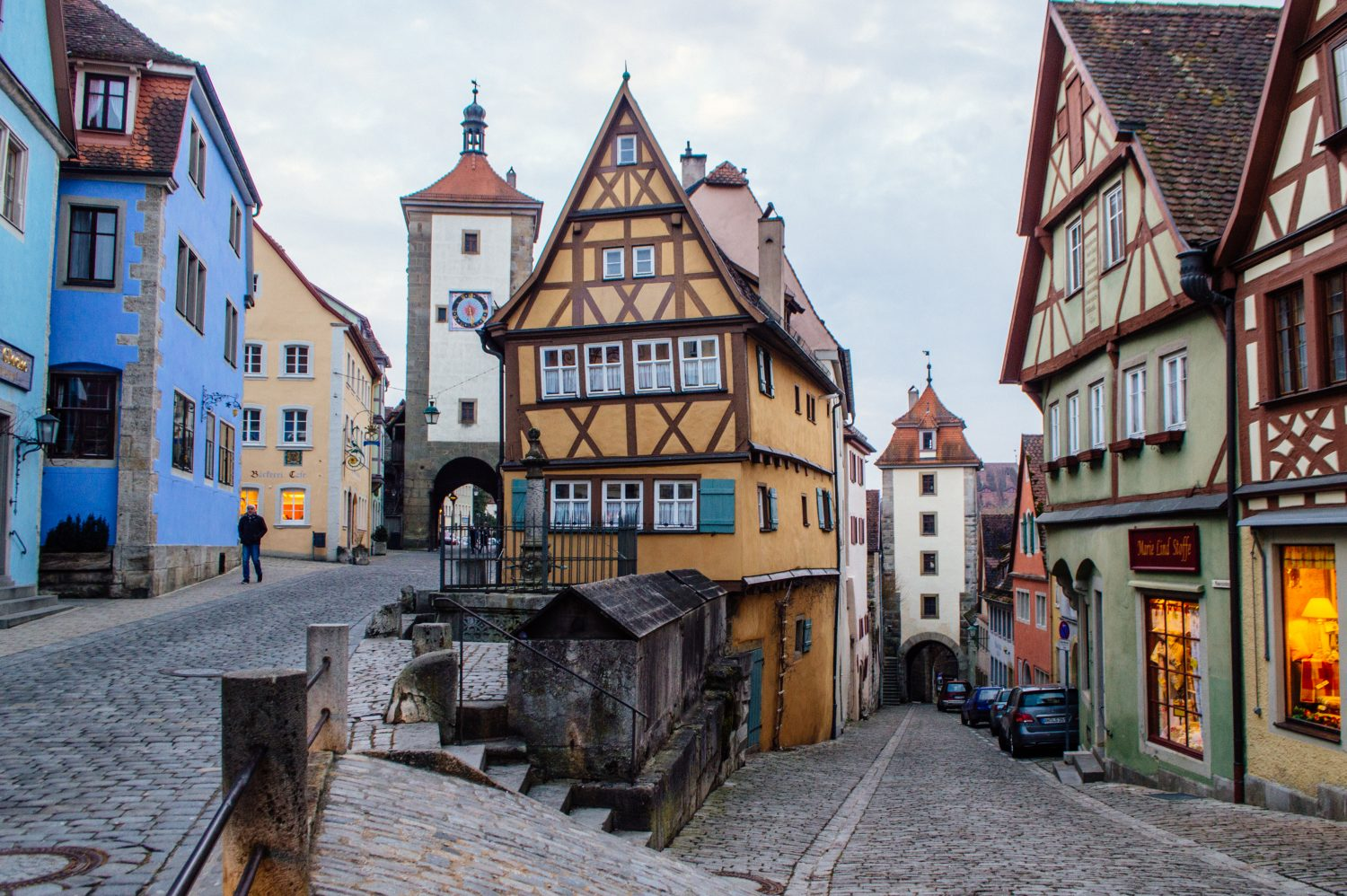 rothenburg ob der tauber germany guide how to spend a perfect day in rothenburg happy to wander. Black Bedroom Furniture Sets. Home Design Ideas