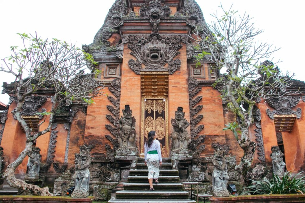 Awesome cultural things to do in Bali! Consider this your Bali, Indonesia culture bucket list. So many cool things to see and do - here's a few you can't miss.