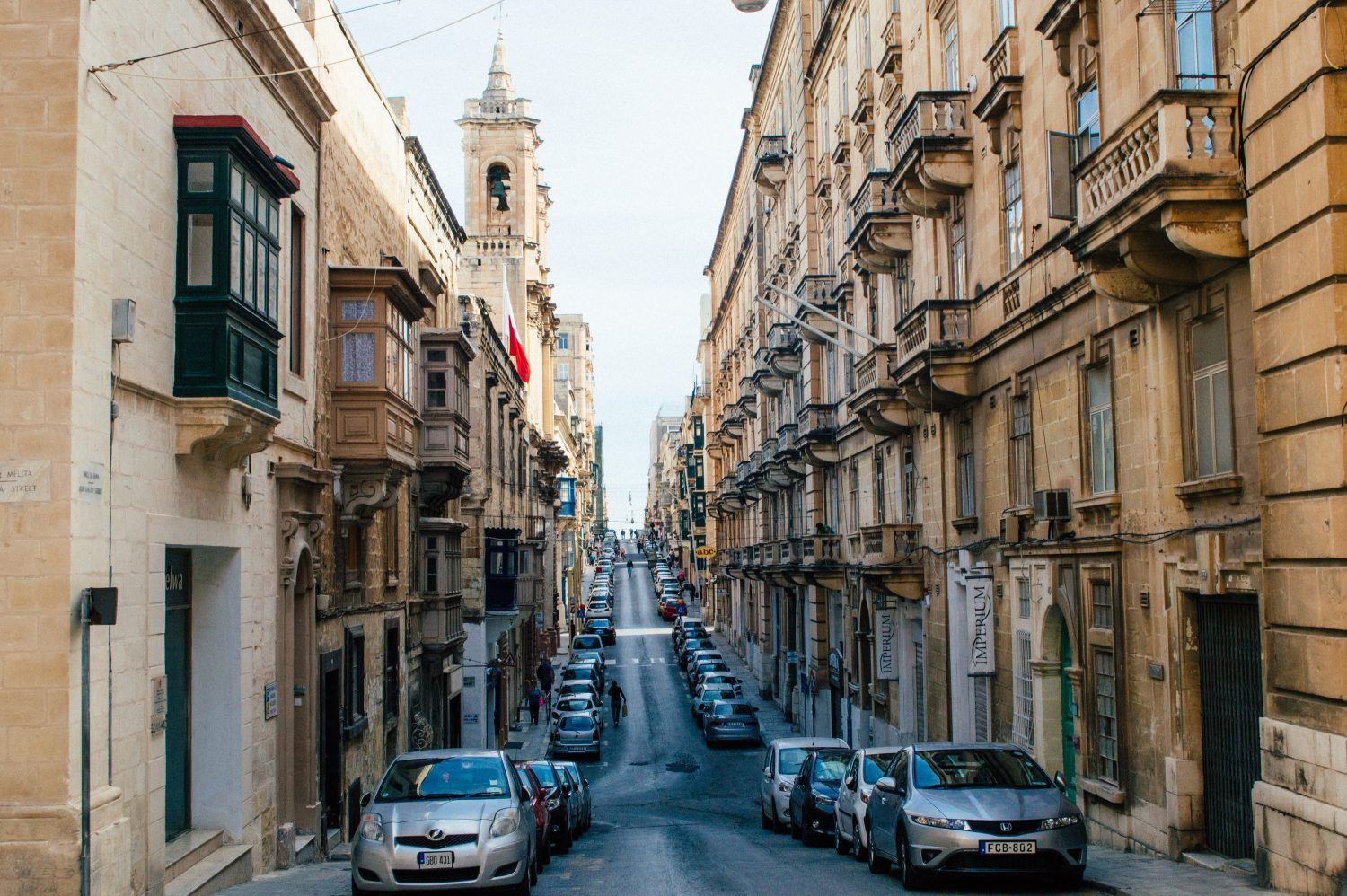 Visiting Malta and looking for the best things to see, do and experience in Malta? Check out this gorgeous photo diary packed with inspiration for how to spend 4 days in Malta. Take this as the ultimate itinerary inspiration for your next Malta visit!