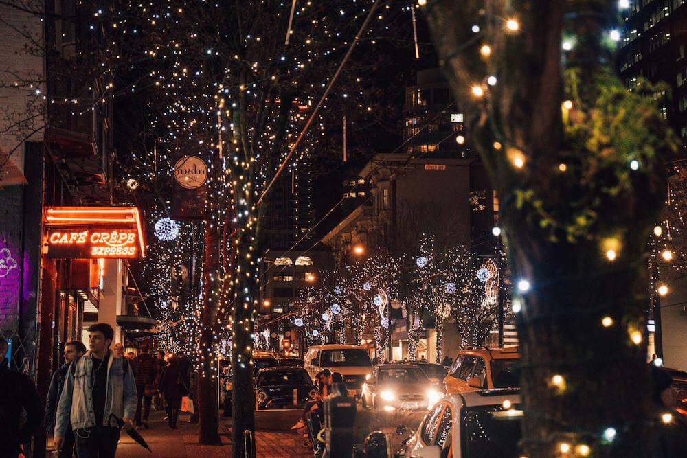 Vancouver Christmas Lights.Vancouver Christmas Must Dos A Local S Guide To Christmas