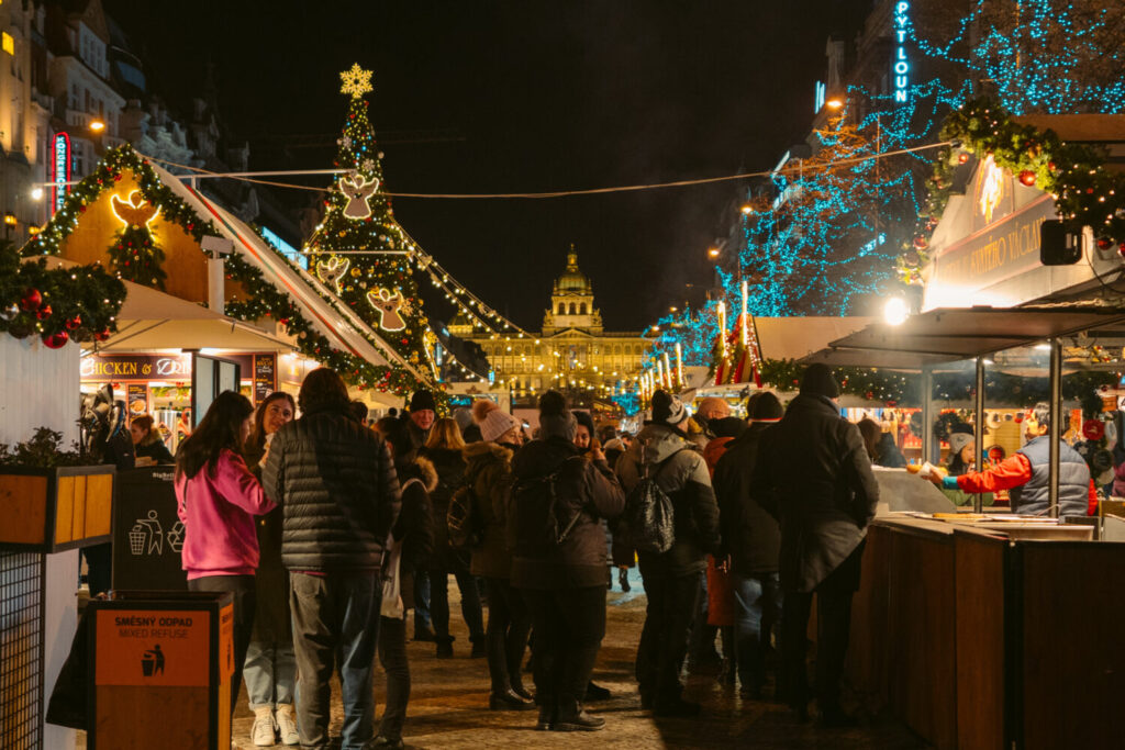 Prague Christmas Market 2020 Guide Where To Go What To Eat More