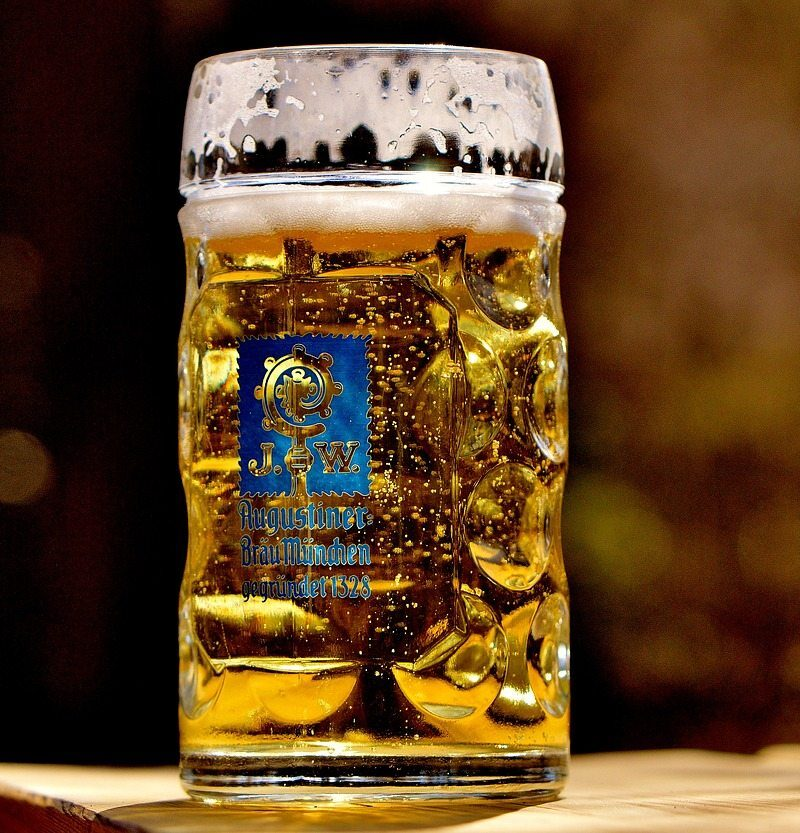 What to drink at Oktoberfest! This Oktoberfest drinks guide will walk you through your options so that you are prepared to hit up the world's largest beer festival - Munich, Germany's Oktoberfest.