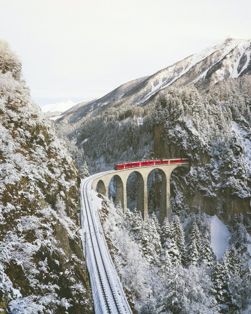 Snowy view over the Landwasser Viaduct