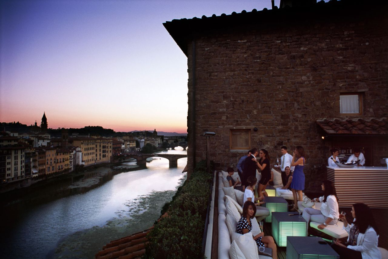 The ultimate romantic getaway for a weekend is Florence, Italy! Amazing food, beautiful architecture and delightful ways to spoil/pamper your partner. Here's the ultimate guide on planning a Florence romantic getaway!