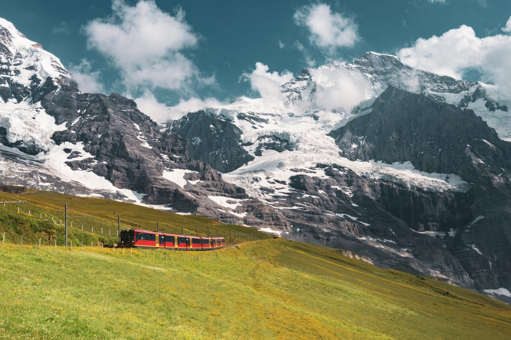 Train going up to the Jungfraujoch